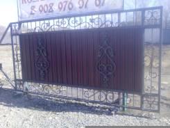 Ворота, заборы, лестницы, кованые изделия и металлокострукции.