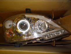 Фара правая Mercedes Viano A6398202961