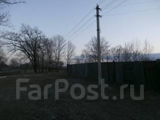 Продается земельный участок в г. Артем п. Кневичи. 750 кв.м., собственность, электричество, вода, от агентства недвижимости (посредник)