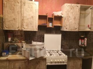 1-комнатная, улица Аксёнова 22а. Индустриальный, частное лицо, 34 кв.м. Кухня