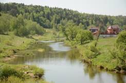 Срочно продам участок 9 соток в деревне Вихрово. 900кв.м., электричество, вода