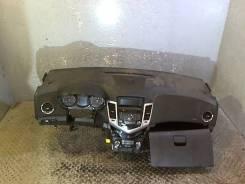 Панель передняя салона (торпеда) Chevrolet Cruze