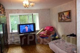 2-комнатная, улица Октябрьская 27. агентство, 48 кв.м.