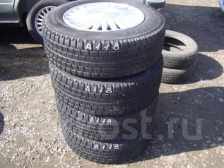 Комплект зимних шин 205/65 R-15 на литье 5х114. 6.5x15 5x114.30 ET50 ЦО 60,0мм.