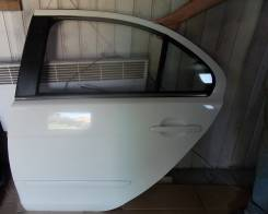 Стекло боковое. Mitsubishi Lancer X