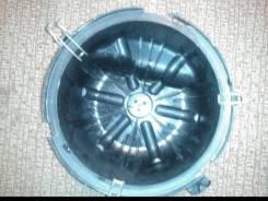Крышка корпуса воздушного фильтра. Isuzu Elf Двигатели: 4HG1, 4HF1, 4GJ2, 4BE1