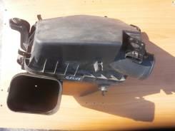 Корпус воздушного фильтра. Toyota Crown, GRS182, GRS183 Двигатели: 3GRFSE, 3GRFE