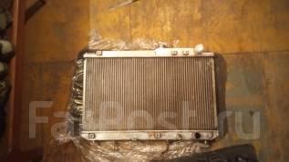 Радиатор охлаждения двигателя. Toyota Camry Prominent, VZV32 Двигатель 4VZFE