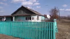 Продам дом с Запраточное. Центральная 13/1, р-н С Запраточное, площадь дома 40 кв.м., скважина, электричество 1 кВт, отопление твердотопливное, от ча...