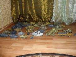 Бронетехника и артиллерия.
