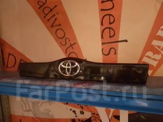 Накладка на зеркало. Toyota Prius, NHW20