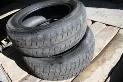 Bridgestone Blizzak Revo2. Зимние, износ: 70%, 2 шт