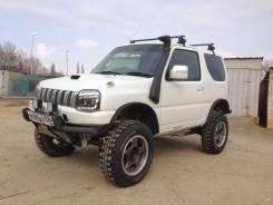 Suzuki Jimny. механика, 4wd, 0.7 (64 л.с.), бензин, 81 000 тыс. км