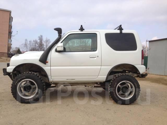 Suzuki Jimny. механика, 4wd, 0.7 (64л.с.), бензин, 81 000тыс. км
