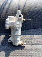 Регулятор давления тормозов. Nissan Caravan, VHE24 Двигатели: Z20S, Z20