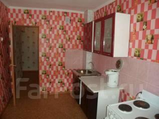 2-комнатная, улица Первомайская 11. Первомайская, частное лицо, 65 кв.м.