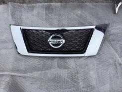 Решетка радиатора. Nissan Pathfinder, R52
