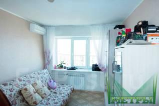 1-комнатная, проспект 100-летия Владивостока 43. Столетие, агентство, 31 кв.м.