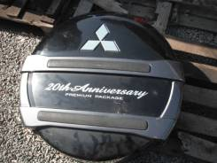 Колпак запасного колеса. Mitsubishi Pajero, V83W, V93W, V63W, V73W, V65W, V88W, V75W, V78W, V97W, V87W, V77W, V98W, V68W, V80