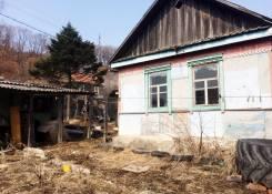 Продаётся дом с земельным участком в п. Шкотово!. 1 326 кв.м., собственность, электричество, от частного лица (собственник)