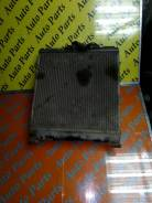 Радиатор охлаждения двигателя. Honda Civic Ferio Двигатель ZC