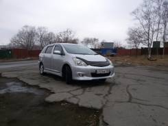 Toyota Wish. автомат, 4wd, 1.8 (125 л.с.), бензин