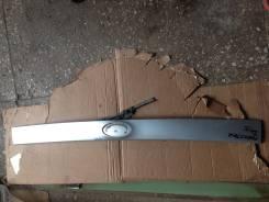 Накладка на дверь багажника. Subaru Forester, SH5