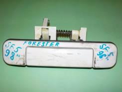 Ручка открывания багажника. Subaru Forester, SF5, SF9 Двигатели: EJ202, EJ205, EJ20J, EJ254