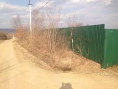 Продам 3 смежных участка общей площадью 25 соток огорожен 2м забором. 2 500кв.м., собственность, электричество, вода