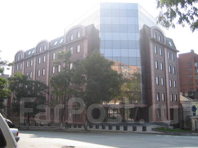 Отличный офис в центре города от собственника 70 кв. 68 кв.м., улица Морская 1-я 9, р-н Центр. Дом снаружи