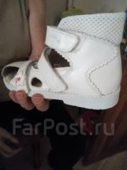 Сандалии ортопедические. 30