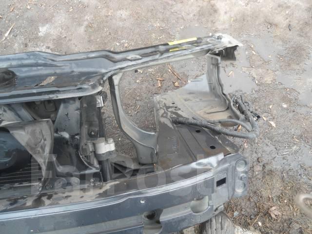 Рамка радиатора. Volvo V70 Volvo S60