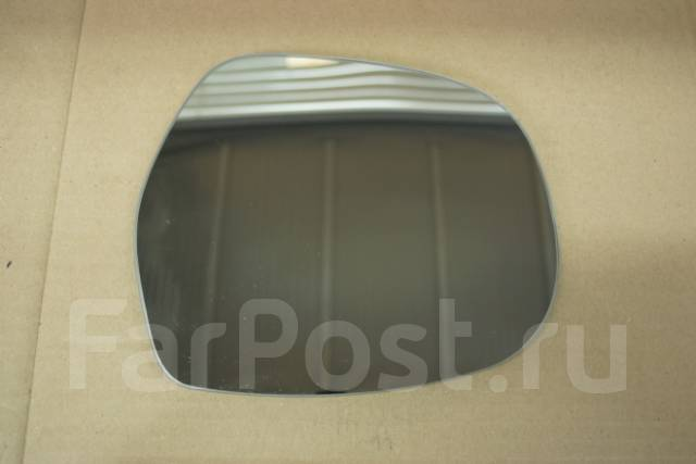Стекло зеркала заднего вида (полотно) Toyota Hilux Surf