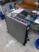 Радиатор охлаждения двигателя. BMW X5, E53