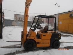 """Balkancar. Продается погрузчик """"Балканкар"""", 3 900 куб. см., 3 500 кг."""