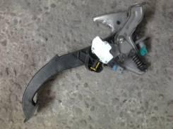 Педаль акселератора. Renault Megane