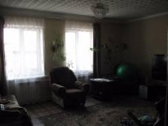 Продам отдельно-стоящий дом в Буденовке. Ул. Ватутина, р-н с. Владимиро- Александровское, площадь дома 115 кв.м., централизованный водопровод, электр...