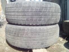 Bridgestone Blizzak Revo2. Зимние, износ: 30%, 2 шт