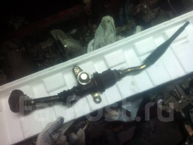Ручка переключения механической трансмиссии. Nissan Mistral Nissan Pathfinder Nissan Terrano Nissan Datsun