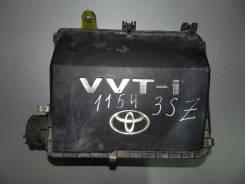 Корпус воздушного фильтра. Toyota bB, QNC20, QNC25, QNC21 Двигатели: 3SZVE, K3VE