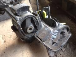 Подушка двигателя. Toyota Auris, NZE151, NZE151H Двигатель 1NZFE
