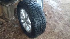 Bridgestone Ice Cruiser 5000. Зимние, шипованные, 2015 год, износ: 10%, 4 шт