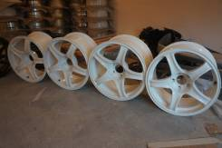 "Advan Racing. 8.5x17"", 5x114.30, ET31, ЦО 70,0 мм."