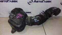 Патрубок воздухозаборника. Toyota Regius, RCH47, RCH41 Двигатель 3RZFE