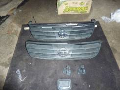 Решетка радиатора. Nissan Avenir, W11