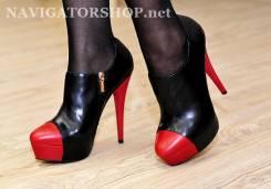 Ботинки. 38