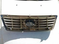 Решетка радиатора. Lexus LX470, UZJ100