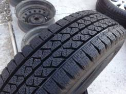 Bridgestone Blizzak VL1. Зимние, без шипов, 2016 год, без износа, 2 шт