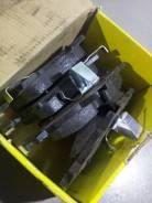 Тормозные колодки Opel Astra H, передний