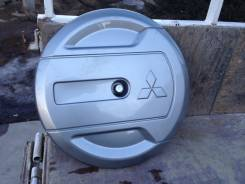 Колпак запасного колеса. Mitsubishi Pajero iO, H66W, H76W, H77W Mitsubishi Pajero